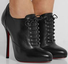 Christian Louboutin OFF! October 2015 Shoes Part 10 New Christian Louboutin Heels Louboutin High Heels, Red Louboutin, Bootie Boots, Shoe Boots, Mode Shoes, Christian Louboutin Outlet, Manolo Blahnik Heels, Fashion Heels, Fashion Shoes