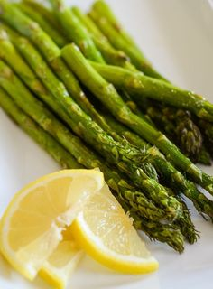 Air Fryer Seasoned Asparagus is a great easy air fryer side dish recipe that's gluten-free and only uses 2 ingredients!  It's ready in minutes in the air fryer. #AirFryer #GlutenFree