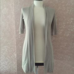 Open Front Short Sleeve Cardigan Sweater Gray S Open Front Short Sleeve Cardigan Sweater Gray Small S by Pretty Good. Polyester blend Career Casual Gently Pre-Owned  Trades Pretty Good Sweaters Cardigans