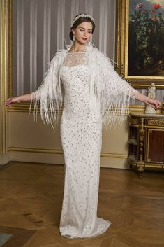 70 Sparkly Wedding Dresses for the Glamorous Bride Most Beautiful Wedding Dresses, Beautiful Gowns, Neon Prom Dresses, Sparkly Dresses, Quinceanera Dresses, Gatsby, Bridal Gowns, Wedding Gowns, Marie