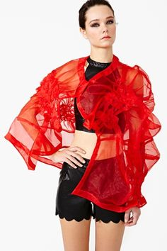 Comme Des Garcons Sheer Wrap- this looks like a fun & beautiful treatment to create on a nice sheer fabric