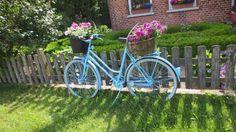 stare bicykle premenene na kvitnuce zahradne dekoracie 12