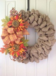 DIY Burlap Wreath ideas for every holiday and season (22)