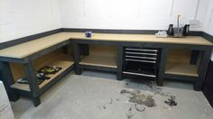 Workbench - WorkbenchWorkbench - top ideas for woodworking furniture with gel stainsInexpensive and simple tricks: fine woodworking compact woodworking bench. Fine woodworking simple and cheap cool ideas: Garage Shed, Garage Tools, Man Cave Garage, Diy Garage Storage, Garage Organization, Tool Storage, Storage Ideas, Basement Storage, Storage Solutions