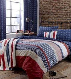 DOUBLE AMERICAN STARS AND STRIPES RED WHITE AN BLUE COTTON DUVET SET QUILT COVER PCJ SUPPLIES http://www.amazon.co.uk/dp/B00ALZ3YWK/ref=cm_sw_r_pi_dp_llJNwb0WG6YRH