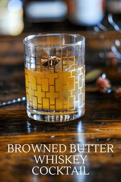 This Browned Butter Old Fashioned is a decadent version of the classic  whiskey cocktail. Great fall flavors with browned butter, whiskey and  bitters! #whiskey #cocktail #bitters