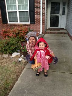 Little red riding hood and the bad wolf Couples costume Family costume Mother daughter costume Father daughter costume Más Mother Daughter Halloween Costumes, Toddler Halloween Costumes, First Halloween, Family Costumes, Baby Costumes, Halloween Kids, Red Riding Hood Costume Kids, Creative Costumes, Halloween Disfraces