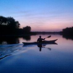 #silhouette #reflection #kayak #sunset #dubuque #dbq #iowa #wisconsin #mississippiriver  (Taken with Instagram) Dubuque Iowa, Paddle Boarding, Kayaking, Wisconsin, Reflection, Sunrise, Scenery, Silhouette, Earth