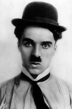 "Charlie Chaplin became a worldwide icon through his screen persona ""the Tramp"" and is considered one of the most important figures of the film industry. Charlie Chaplin, Classic Hollywood, Old Hollywood, Famous Mustaches, Ex Amor, Charles Spencer Chaplin, Easy Listening, Moustaches, Silent Film"