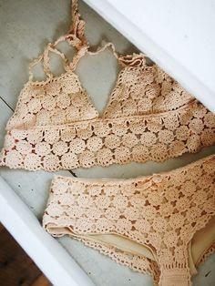 crocheted bikini...I kinda love this!