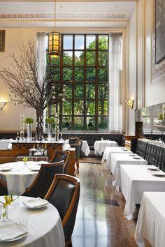 Modern restaurants in new york #delightfull #uniquelamps #DiningRoomInteriorDesign #DiningRoomLighting #DiningRoomChandeliers #ModernChandeliers #ModernHomeLighting #FloorLamps #TableLamps #CeilingLights #WallLights #DesignerLighting