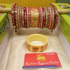 Rudrani Bridal Chura Bridal Bangles, Bridal Jewelry Sets, Wedding Jewelry, Wedding Chura, Wedding Wear, Diy Jewelry Tray, Gold Jewelry, Bridal Chuda, Rajputi Jewellery