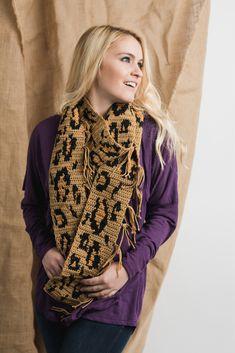 Crochet leopard print scarf pattern