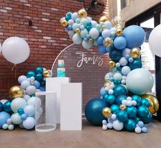 James christening day with the team from And cake by Baby Shower Gender Reveal, Baby Shower Themes, Baby Shower Decorations, Birthday Decorations, Balloon Clusters, Balloon Garland, Balloon Decorations, Balloon Ideas, Tiffany E Co