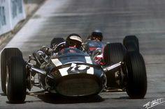 #10 Jochen Rindt...Cooper Car Company...Cooper T81...Motor Maserati 9/F1 V12 3.0...#16 Lorenzo Bandini...Scuderia Ferrari SpA SEFAC...Ferrari 246...Motor Ferrari 228 V6 2.4...GP Monaco 1966 Maserati, Bugatti, Aston Martin, Jochen Rindt, Classic Race Cars, Formula 1 Car, Ferrari F1, Race Engines, Pinewood Derby