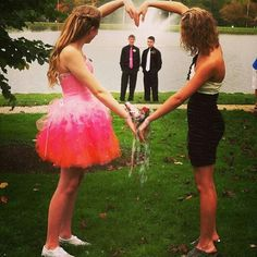 Wanna do this with my bestfriend for prom 2014!!(: