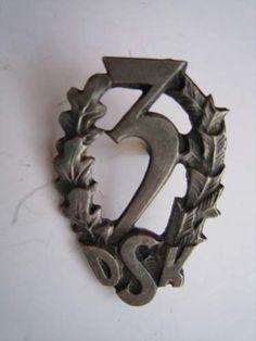 Collars Eagle INSIGNIA Badges Pin Replica The Walking Dead Uniform BADGE x 2
