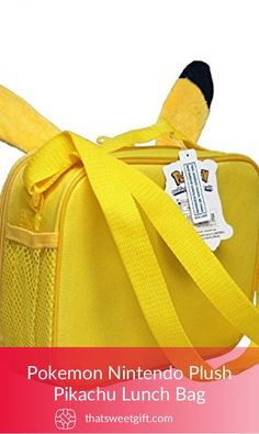 A Pikachu themed lunch bag that will help your kid carry his/her lunch around at school or any other place. Very cute and funny. Pokemon Gifts, Gym Bag, Pikachu, Unique Gifts, Nintendo, Plush, Website, Sweet, Cute
