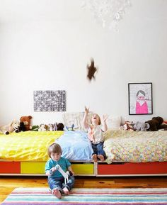Colorful Shared Room do as bunks above and desks or play space under Big Girl Rooms, Boy Room, Child Room, Casa Kids, Family Bed, Shared Rooms, Kid Beds, Bunk Beds, Kids Corner
