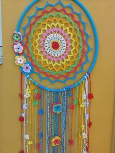 Lace Dream Catchers, Dream Catcher White, Dream Catcher Craft, Crochet Mandala Pattern, Crochet Patterns, Crochet Gifts, Crochet Baby, Bear Wallpaper, Mandala Design