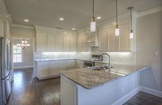 Cabinets: Dunkin's Custom Cabinets Contractor: Hutyra Homes