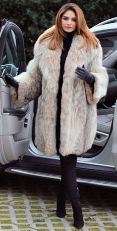 2016 LYNX FUR COAT CLASS OF RUSSIAN SABLE CHINCHILLA FOX MINK LONG JACKET VEST