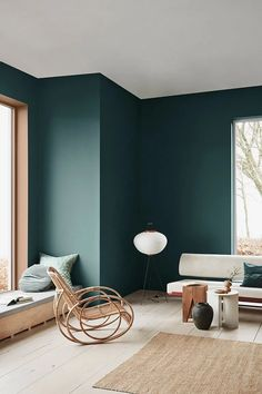 Home Decoration Bedroom A moody green wall color with organic modern meets eclectic furniture.Home Decoration Bedroom A moody green wall color with organic modern meets eclectic furniture. Interior Rugs, Scandinavian Interior Design, Living Room Interior, Home Interior Design, Interior Decorating, Color Interior, Design Interiors, Scandinavian Style, Interior Styling