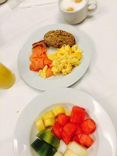 Hotel ontbijtjes zijn genieten. Dineren bij Vista de Rey Foodblog Foodinista verbleef op Mallorca en teste hotel Maritim Galatzo in Paguera