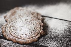 SiMS | LABiM: MAiLÄNDERLi UND ZiMTSTERNE. Jingle Bell, Sims, Cookies, Sweet, Desserts, Blog, Light Chain, Weihnachten, Crack Crackers