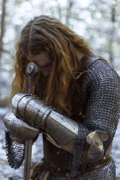 the necklace of anne boleyn — theblacknurse: Ruination by Laura Sheridan's Art. Fantasy Inspiration, Character Inspiration, Writing Inspiration, Dark Fairytale, Knight In Shining Armor, Knight Armor, Medieval Times, Chivalry, Medieval Fantasy