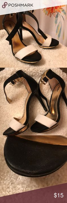 Black, white and gold spike heels Black white and gold spike heels from Target - gently used Massimo Supply Co- Target Shoes Heels