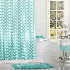 I just LOVE this color !!! Too bad I already got an awesome shower curtain from Target :)
