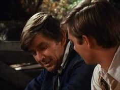 I absolutely love this. This is when TV  was wholesome and enjoyable. No wonder I was so sad when Ralph Waite passed away. What a touching moment between father and son. Rest in peace Ralph Waite aka John Walton. Your contributions to the world will not soon be forgotten by me.  ~Cindy John Walton advice to his son - YouTube