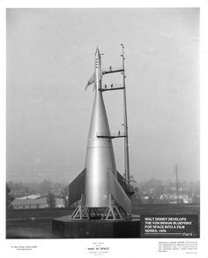 Model of Werner Von Braun spacecraft design used in 1950s Disney doc.