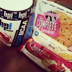 Today's little pick up! #lennyandlarrys #questbar #bpisports #bcaa #smores #whitechocolateraspberry #birthdaycake #watermelon #fitfam #protein #snacks #cookies #vitaminshoppe @lennyandlarrys @questnutrition @bpi_sports @vitaminshoppe by lindseymarie_ocr