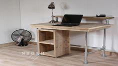 Bureau en tubes d'échafaudage Office Desk, Bed, Room, Furniture, Home Decor, Scaffolding Wood, Bedroom, Desk Office, Decoration Home