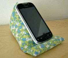 DIY iPhone Pillow