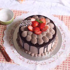 HAPPYBIRTHDAY - Size: 18