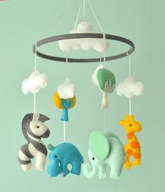 Bebé móvil de animales de vivero / fieltro bebé móvil / Mobile