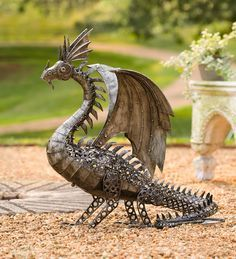 LED-Lighted Steampunk Dragon from Wind and Weather