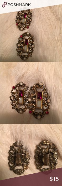 VINTAGE BURGUNDY CLIP ON EARRINGS Beautiful antique look. The color is a bit deeper than portrayed. Antique gold. Very pretty clip ons. One of the tiny stones is missing in each one. Take these home today. -No trades. Jewelry Earrings