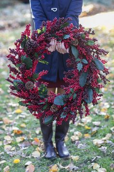 Express your holiday cheer with a beautiful cranberry wreath on your front door for Thanksgiving and Christmas. This is a stunning winter decoration to warmly welcome your holiday guests.