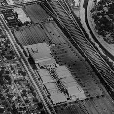 Edward Ruscha, Parking Lots (Fashion Square, Sherman Oaks) #24, 1967/1999. Mildred Lane Kemper Art Museum, Washington University in St. Louis.