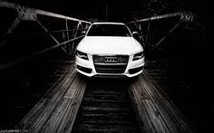 Audi S4 B8.