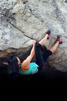 Projecting Byron's Roof - Palm Springs Ariel Tramway (Natalie Duran) #climbing #bouldering