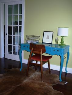 desk painted turquoise
