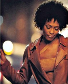 Whitney Houston pictures and photos Beautiful Voice, Young And Beautiful, Whitney Houston Pictures, I Look To You, Martina Mcbride, Celine Dion, Ex Husbands, Indie Kids, Mariah Carey