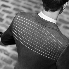 Motion Canvas from the Burberry Travel Tailoring collection redefines traditional tailoring construction. Flexing with the movement of the body, it allows unparalleled movement and comfort