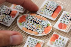 miniature dolls Miniature Sushi Plate dollhouse miniature by PetitPlat Miniature Crafts, Miniature Food, Miniature Dolls, Doll Crafts, Diy Doll, Cute Crafts, Barbie Food, Doll Food, Polymer Clay Miniatures