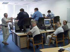 hot-desking.jpg (650×485)